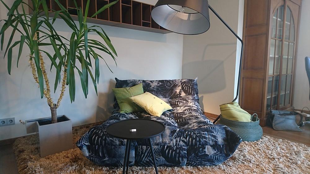 TOGO lounge settee / LIGNE ROSET